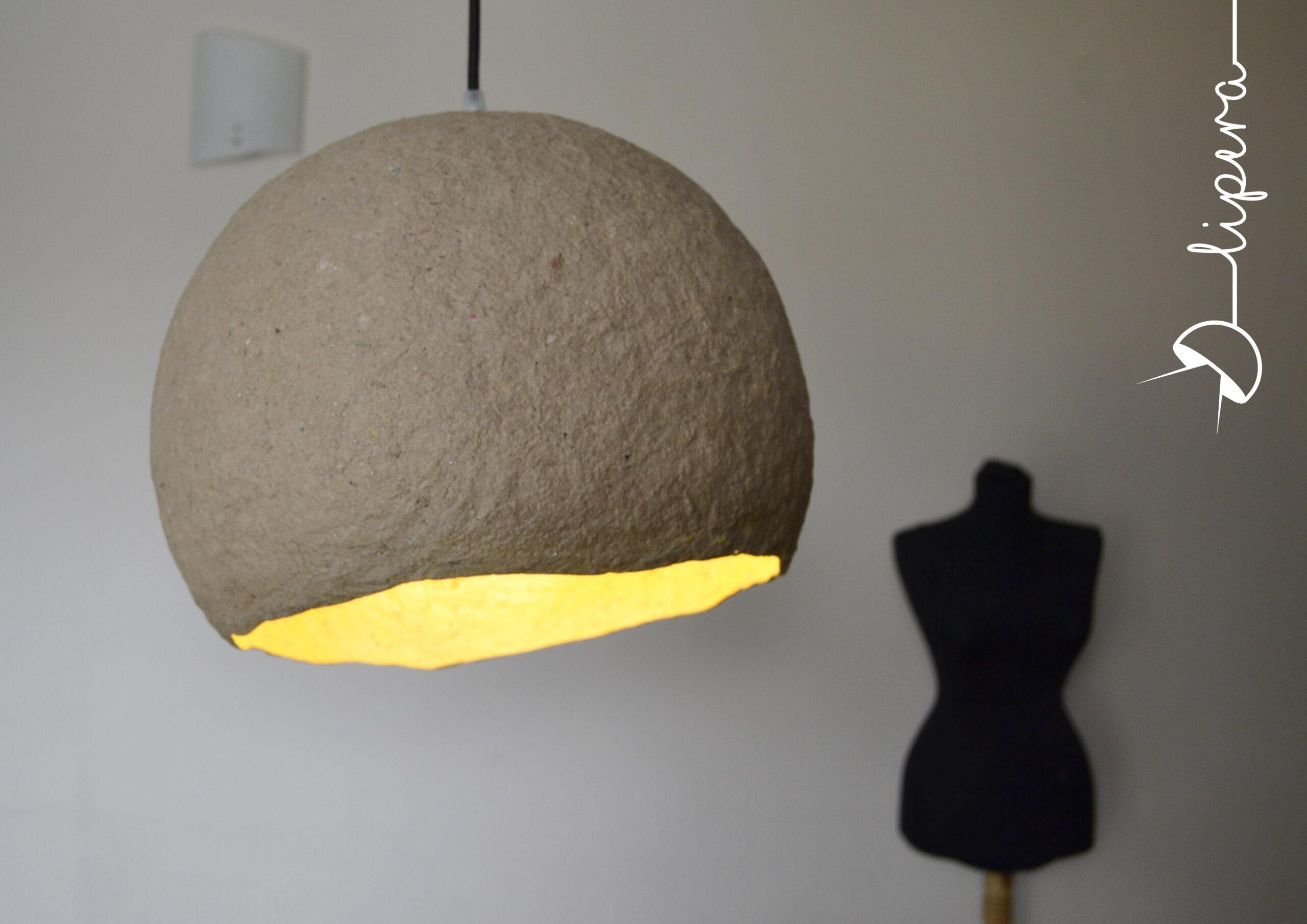 ръчно направена лампа от хартия